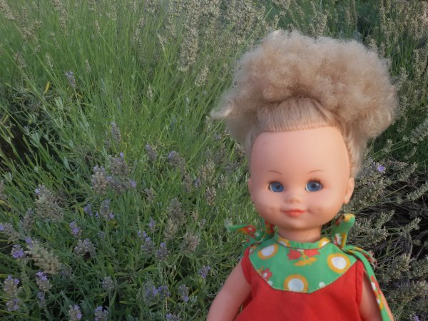 Sur les conseils de copinautes, j'ai rajouté un petit caleçon à ma robe Bella, je vous souhaite une bonne jounée. Muriel de Bella.