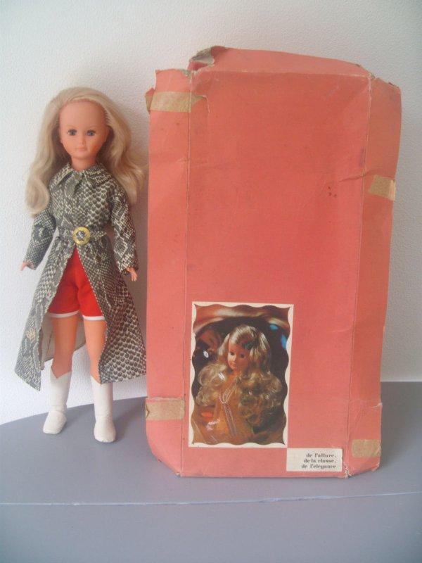 Dolly a la côte aussi! Pour 131 euros.