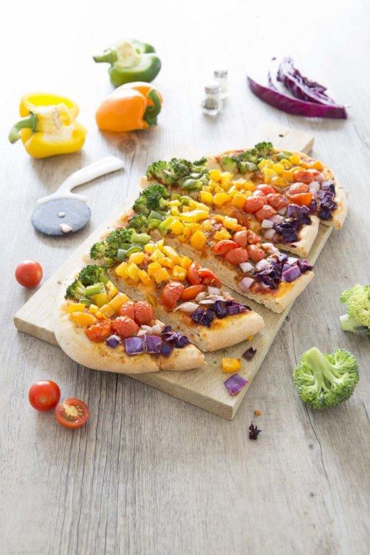 Pizza veggie arc-en-ciel ultra gourmande pour changer un peu...