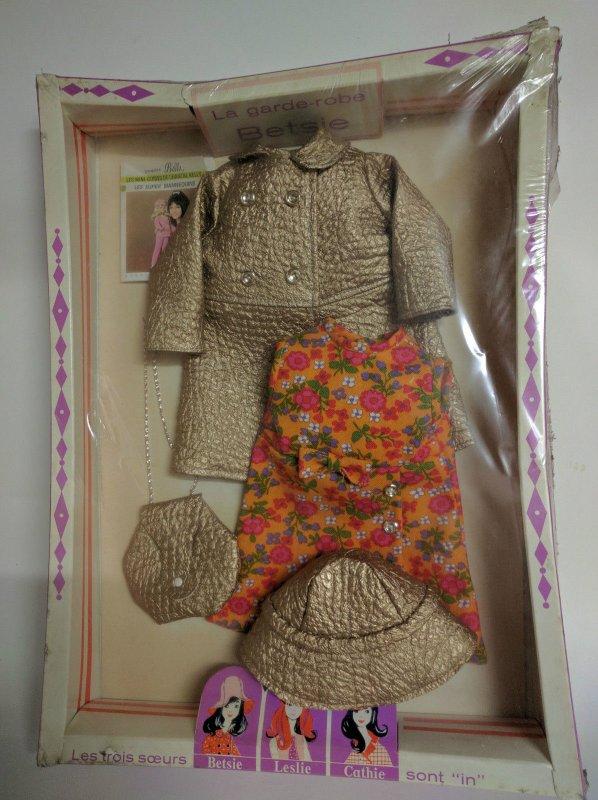 Encore une tenue inacessible pour moi,  tenue Drugstore pour  poupée BETSIE de BELLA en boite ref 50204.
