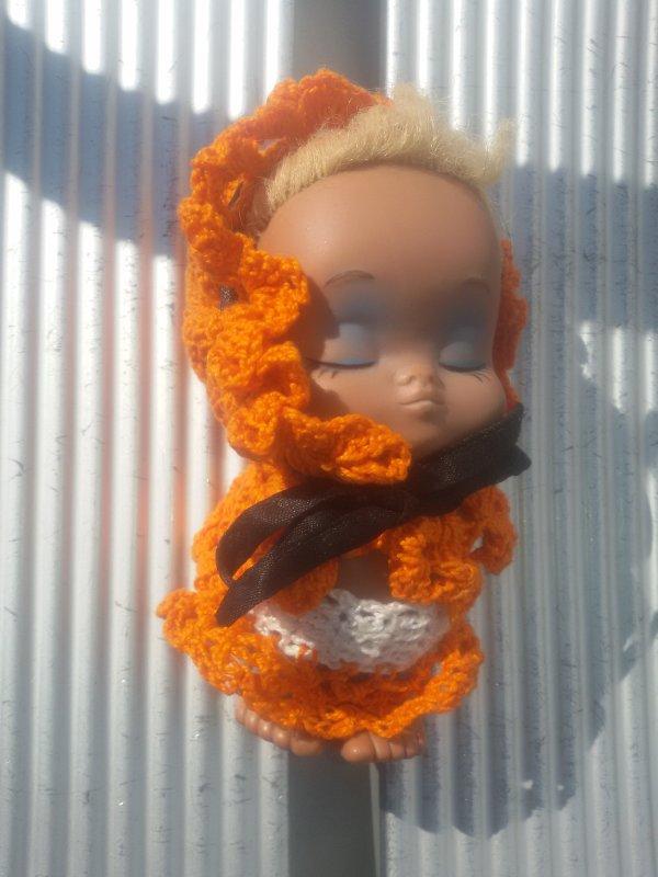 La dure vie d'une petite poupée...