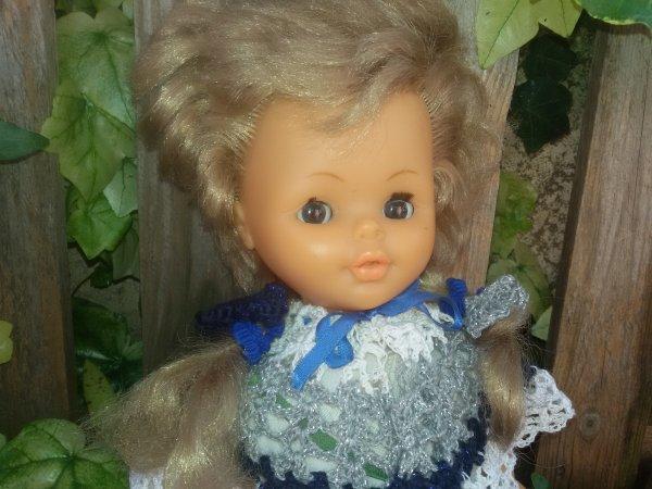 Maman aime, les Bella, le crochet et les noeud-noeuds. 5 photos.
