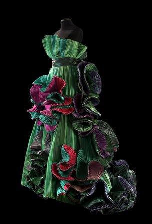 Pour rêvet   un peu  les robes de Roberto Capucci, la suite, 7 photos.