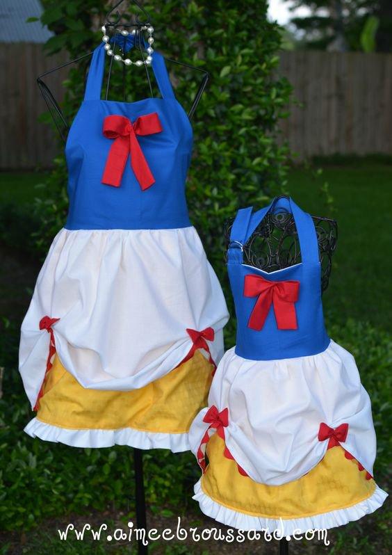 des idées de tabliers à coudre pour nos fifilles, poupées, reborn, une bonne idée cadeau.