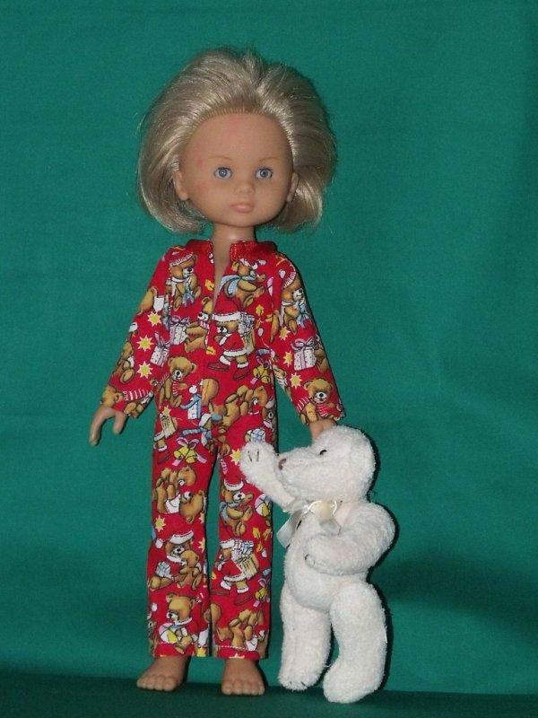En attendant le Père Noel   6 décembre 2017. avec des ifées et liens pour coudre poue les poupées Chéries de Corolle.
