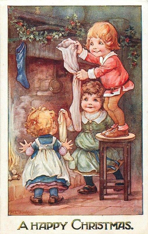 Les enfants ont installés leur bas de laine devant la cheminée.