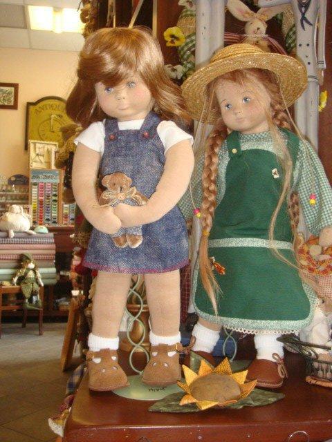 Voici des  poupées Glorex.