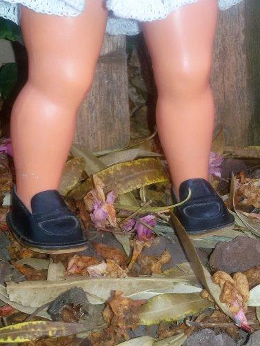 Nathalie de Clodrey a trouvé chaussures à son pied, de ravissants mocassins Modes et Travaux.