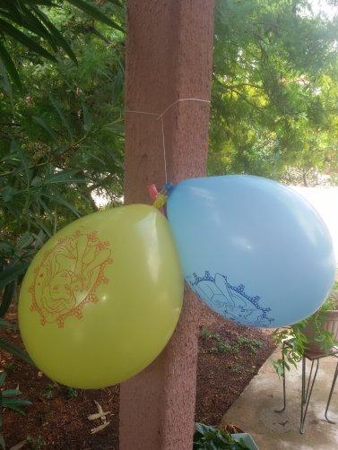 Merci pour vos souhaits pour l'anniv de Vanessa, voici un petit aperçu de son anniversaire. Même la nours était invitée.
