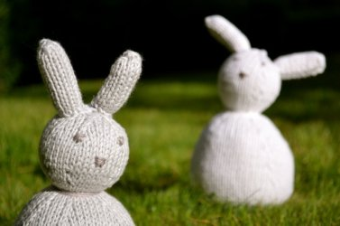 Une copinaute m'a demandé un tuto pour tricoter un culbuto. le voici.