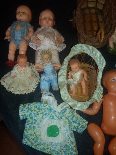 Petites poupées à vendre ou à échanger, me contacter par MP.