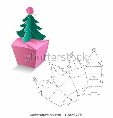 En mode découpage : une autre boîte cadeau en forme de sapin de Noel.