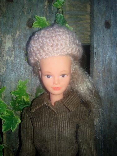 """Regardes Françoise """" MoumouDolls"""" comme tu m'as inspiré pour compléter la tenue Troika."""