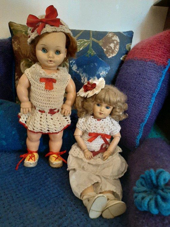 Un peu de beige et de rouge pour mes deux belles SFBJ et Bella.