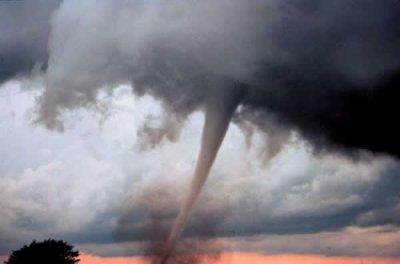 Une tornade .