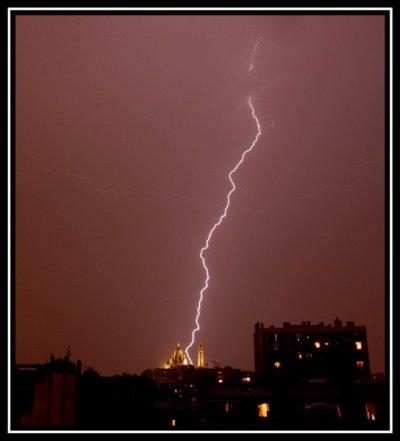 Un orage à Paris  .