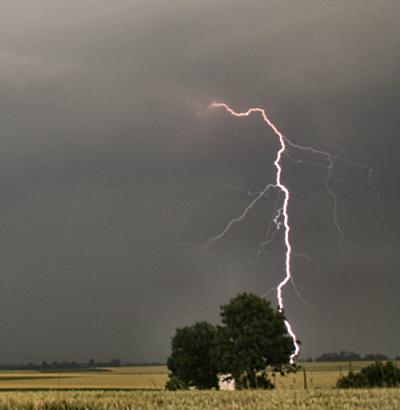 Un orage à Douville le 2 juin 2009 .