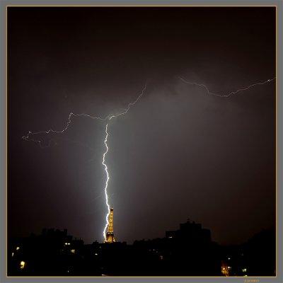 La foudre à Paris le 2 juillet 2005 à 23h .