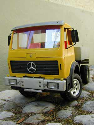 camion mercedes 4x4 the konst blog. Black Bedroom Furniture Sets. Home Design Ideas