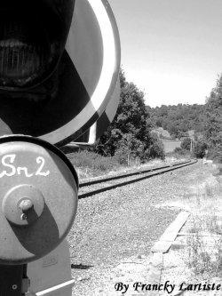 Parce-que j'aurais toujours un train d'avance sur toi...(Photo prise par moi-même)...