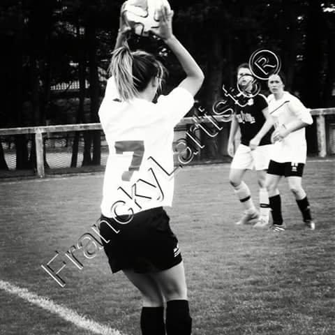 Le foot au féminin By FranckyLartiste