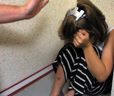 tu maltraite ton enfant ton enfant maltraite son enfant