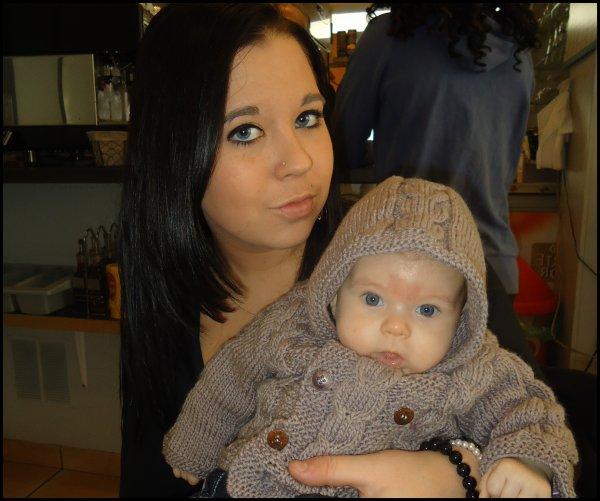 _ L'amour de ma vie, ma nièce.