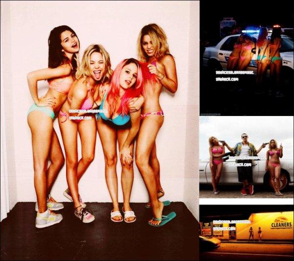 6.05.12(date d'apparition des photos) : Des photos de Spring Breakers , sont apparut + une photo de Spring Breakers exclusive que j'ai trouvé.
