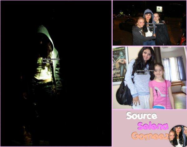 """11.05.12(date non certaine): Selena en Bulgarie avec des fans et une photo d'une fan et elle a l'hotel qui date du 7/8mai+ photo de selena pour le film """"The Getaway """" qu'elle tourne donc en bulgarie."""