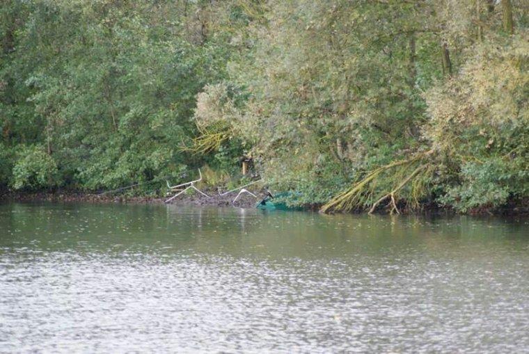 A l'étang sauvage pres de viry noureuil superbe terrain de jeu je le conseil a tous