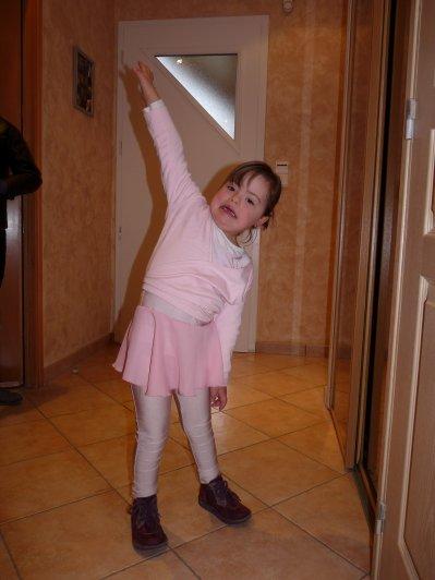 Nouvelle activité pour Naomie....La danse !!!