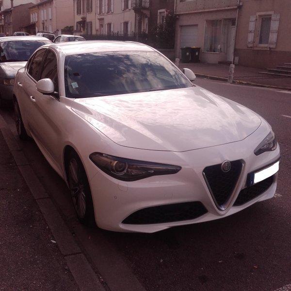// ALFA ROMEO GIULIA //