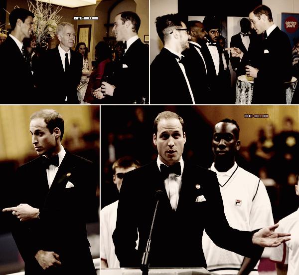 """* 08/12/12 : William, tout souriant, était présent au """"Winter Whistes Gala"""" !*"""