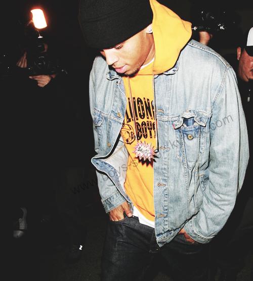 Chris brown  i.d.o.l.e ♥