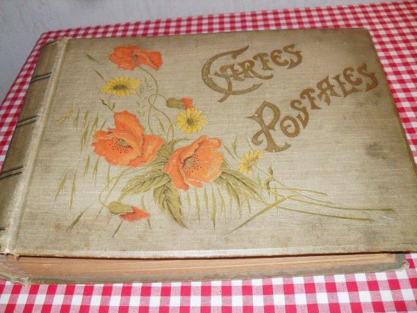 Un de mes vieux albums pour cartes postales anciennes