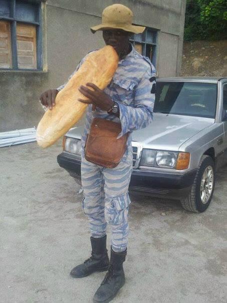 militaire affamé