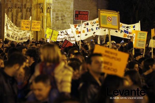 manifestación por la enseñanza pública de calidad en Valencia