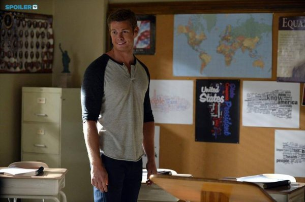 """PHOTOS PROMOS 5X23 """" THE MELODY LINGERS ON"""" PART 2/5"""