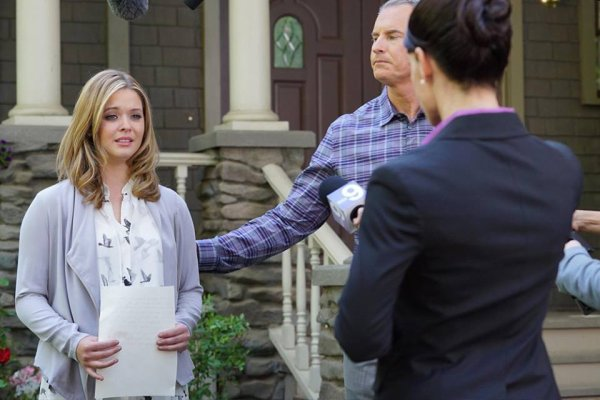 """PHOTOS PROMOS 6X01 """" GAME ON CHARLES """" PART 1/2"""