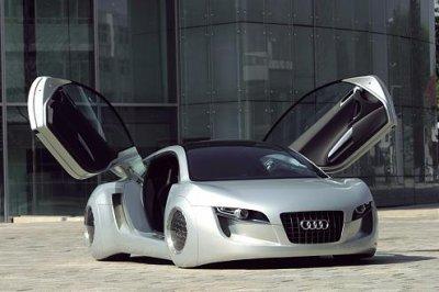 ca c'est la voiture dans le film i robot!