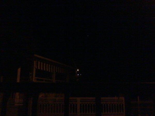 un drone hier au soir à survolé mon quartier vers 21h