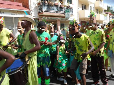 mardi ...le carnaval à rivière pilote