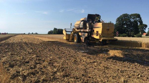 Articles de tracteuragricole2012 tagg s moissonneuse batteuse en feu tracteur accident - Moissonneuse cars ...