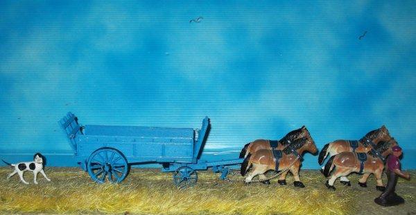 encore deux chevaux a atteler.