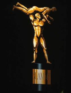 OMG WWE : Meilleur moment de l'année2009 => Randy Orton : RKO's sur Stephanie McMahon