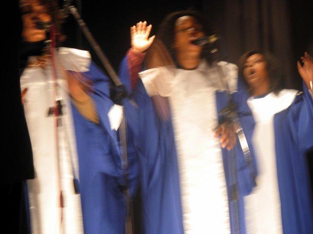 Le groupe des jeunes de notre église LA NJC C'EST LA RELEVE ASSURE. Notre pasteur:Kelly AHUMBA  a great man of God very anointed! on t'aime bcp papa!