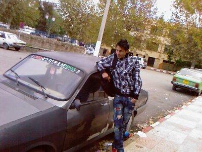 regarde la voiture bmw x6 lolllllll