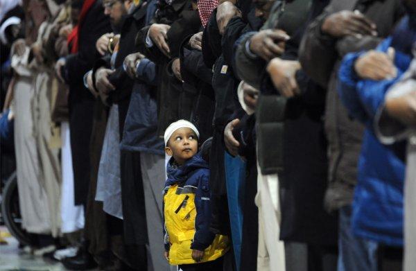 Quiconque lit le Coran avant la puberté, aura acquis la sagesse à son enfance.Kanz al-'Ommâl fî Sunan al-Aqwâl wa-l-Af'âl