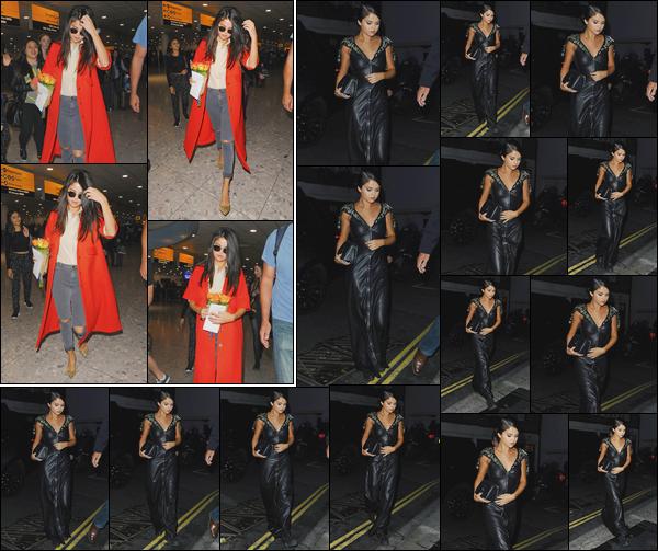 - ''-20/09/15-''- • '-Selena Gomez a été photographiée arrivant à l'aéroport :« Heathrow »se trouvant à Londres. Plus tard, notre superbe chanteuse a été vue dans une magnifique robe alors qu'elle se rejoignait son hôtel à Londres. J'offre deux tops. -