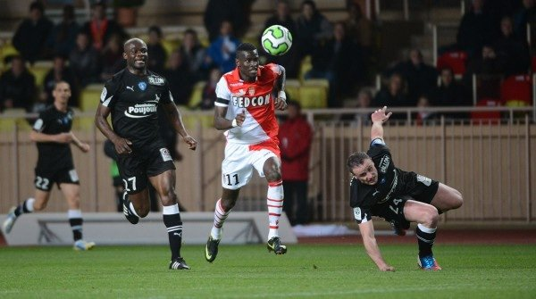 Maillot porté par Frédéric Bong lors du match AS Monaco-Chamois Niortais, 31eme journée de ligue 2. 05/04/13